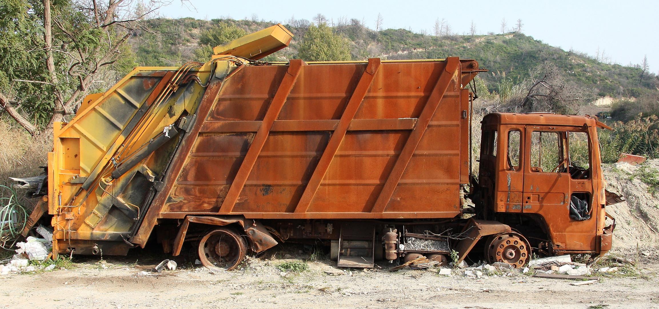 Wenn ein Müllwagen zu Müll wird