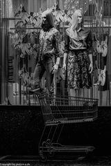 Wenn Frau ein wenig Mode einkauft....................