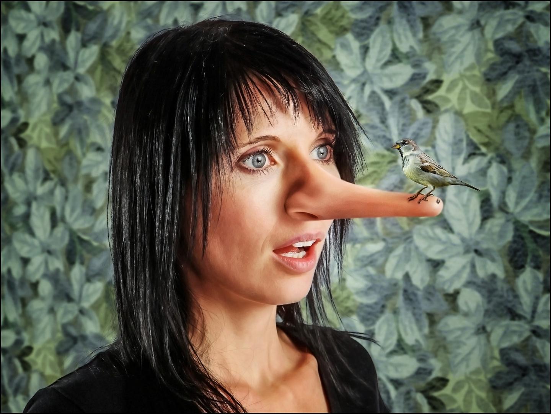 Wenn Frauen lügen, sieht man es ihnen schon an der