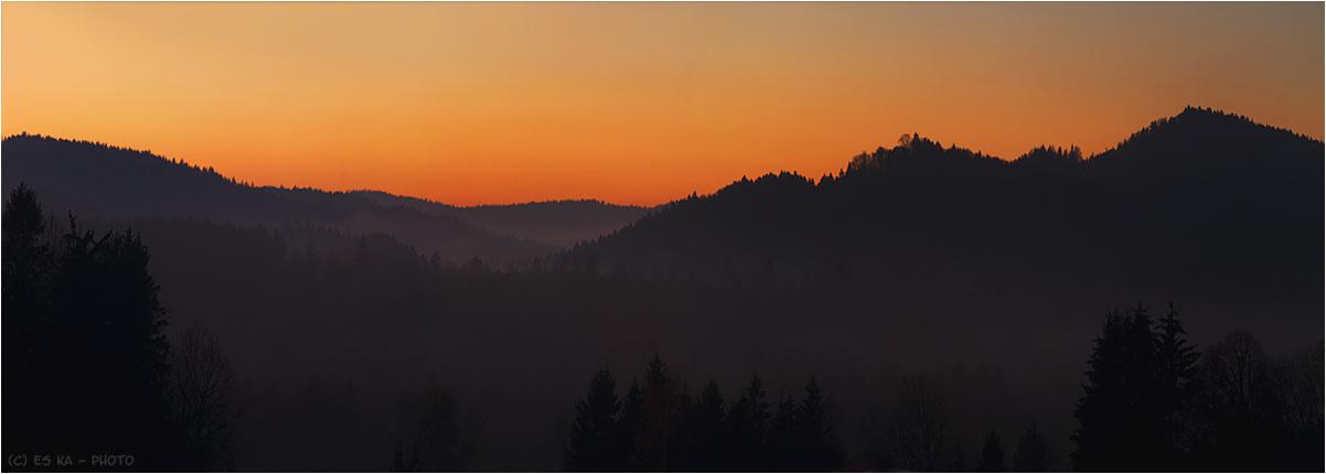 ...wenn im blauen Hügelreigen die ersten grauen Nebel steigen