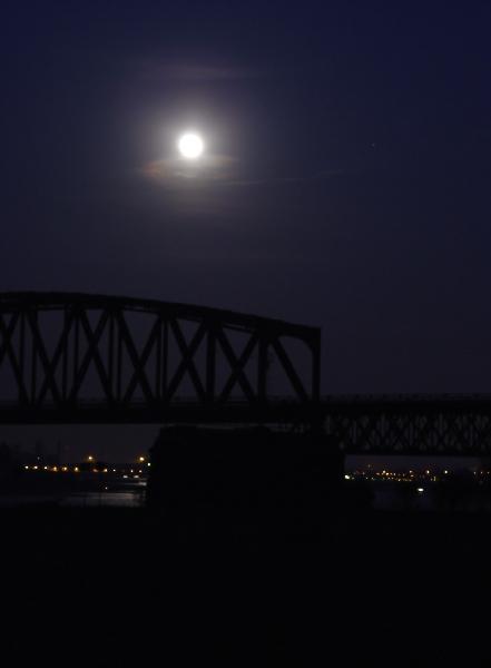 Wer hat Tipps zum Mond Fotografieren?