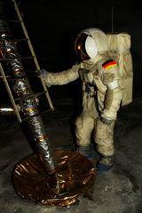 Wer ist der erste Deutsche auf dem Mond ?