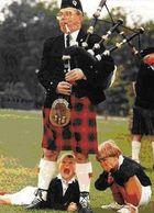 Wer weiß was Schotten wirklich unter dem Kilt tragen?