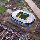 Weserstadion mit Rasenbeleuchtung