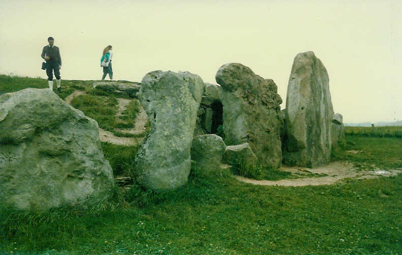 West Kennet Long Barrow (2)