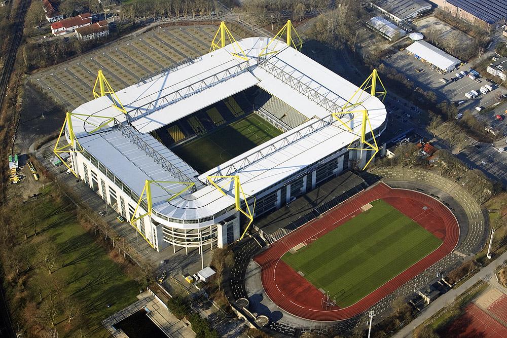 """Westfalenstadion und Stadion """"Rote Erde"""""""