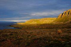 Westfjorde im Abendlicht