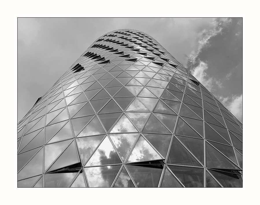 Westhafen Tower s/w II