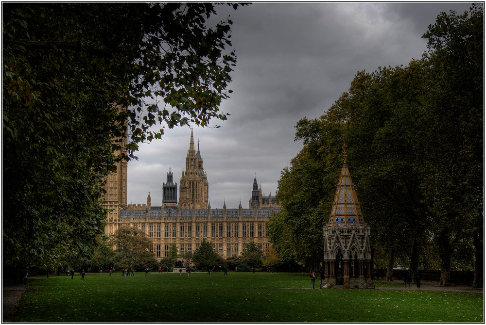 Westminster - The Victoria Tower Gardens