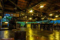 Wetterspuk im Dschungelrestaurant