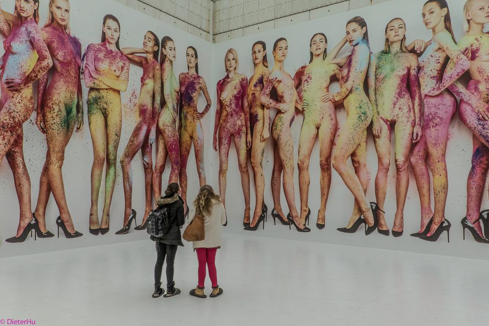 white cube filled with girls