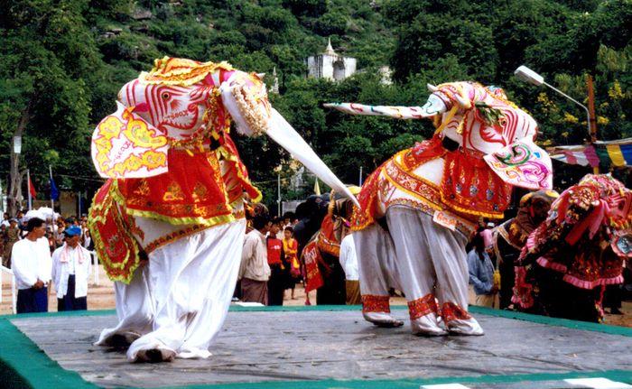 White Elephant Dancing