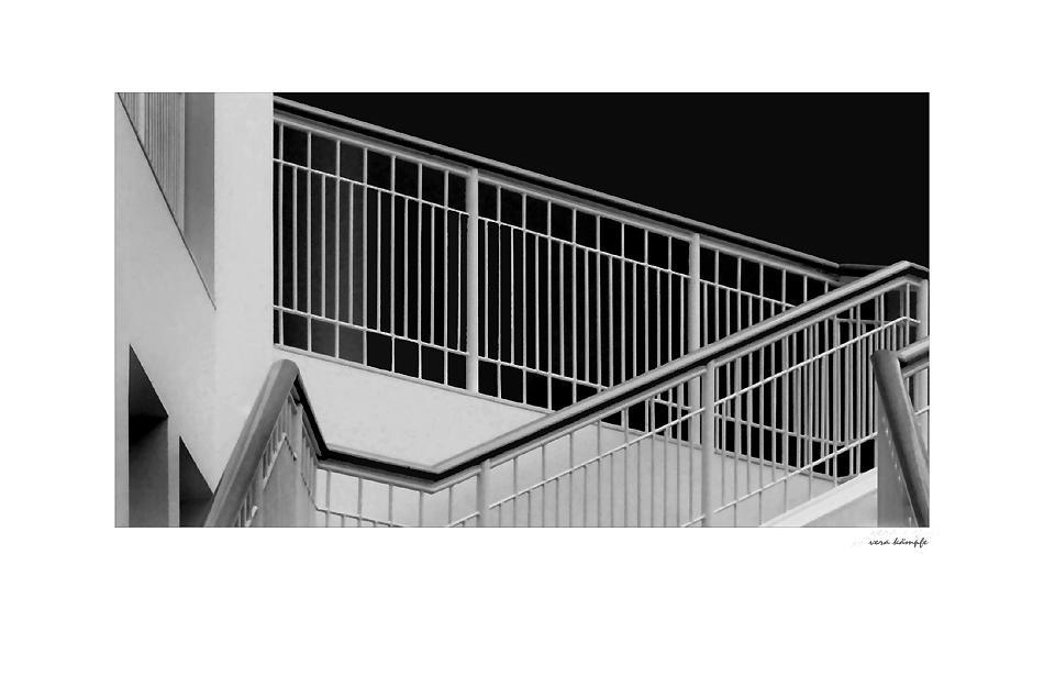 white step