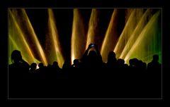 Wie das Licht die Motten... Teil II