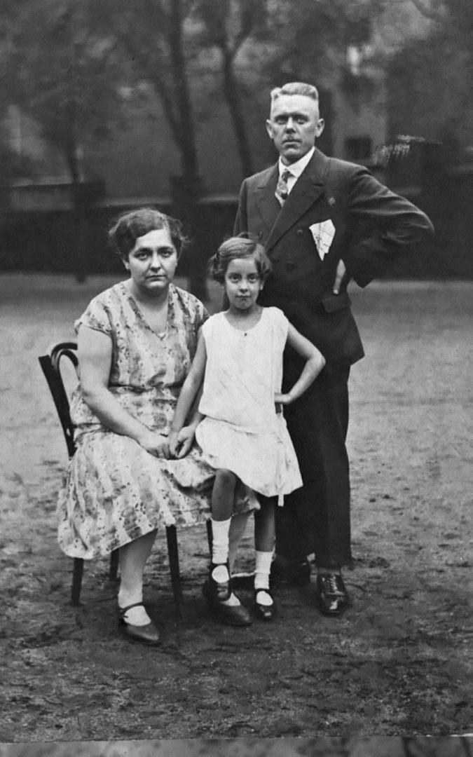 Wie Dazumal- 1926, meine Mutter...