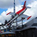 Wie dazumal ... das Flugzeug ist ein Museumsstück....