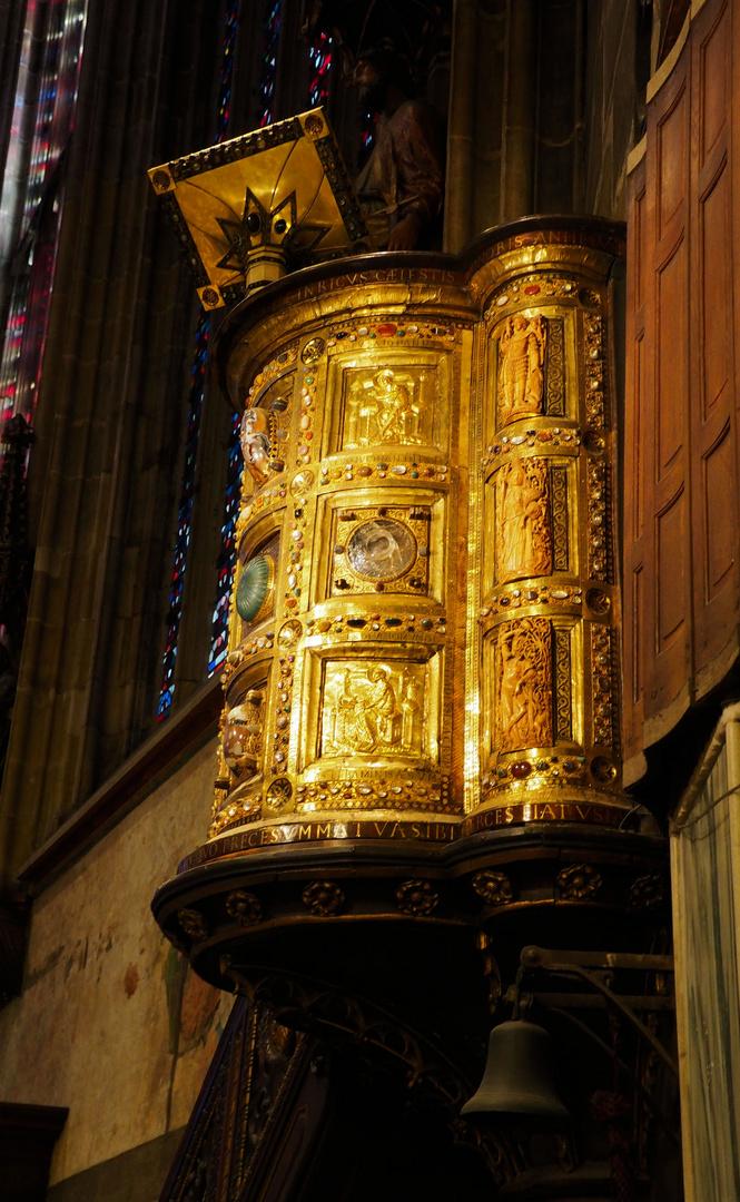 Wie Dazumal Kanzel im Kaiserdom zu Aachen...