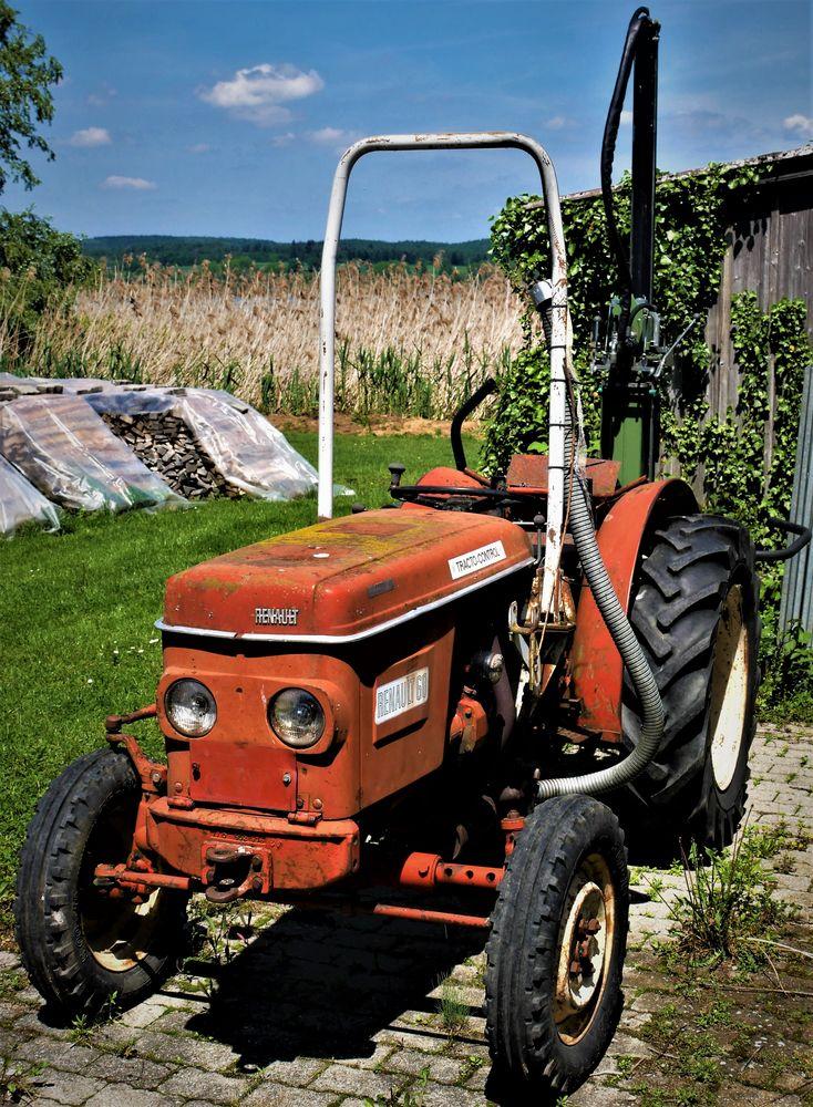 wie dazumal  mein kleiner roter traktor foto  bild