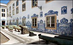 Wie Dazumal....Lisbon military museum.