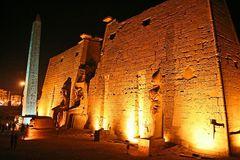 wie die alten tempel so in der nacht aussehen ....