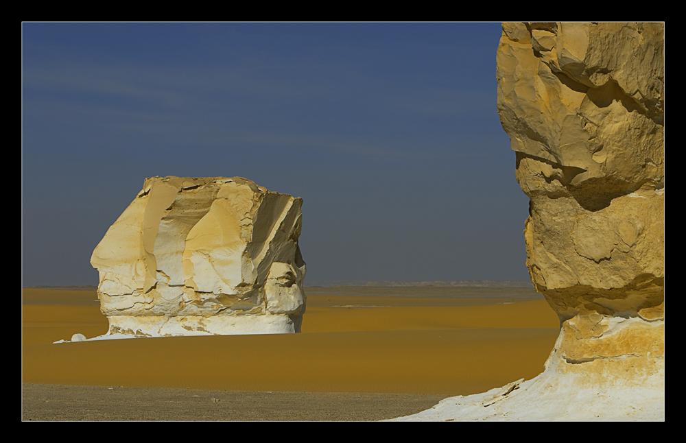 Wie ein Fels in der Wüste