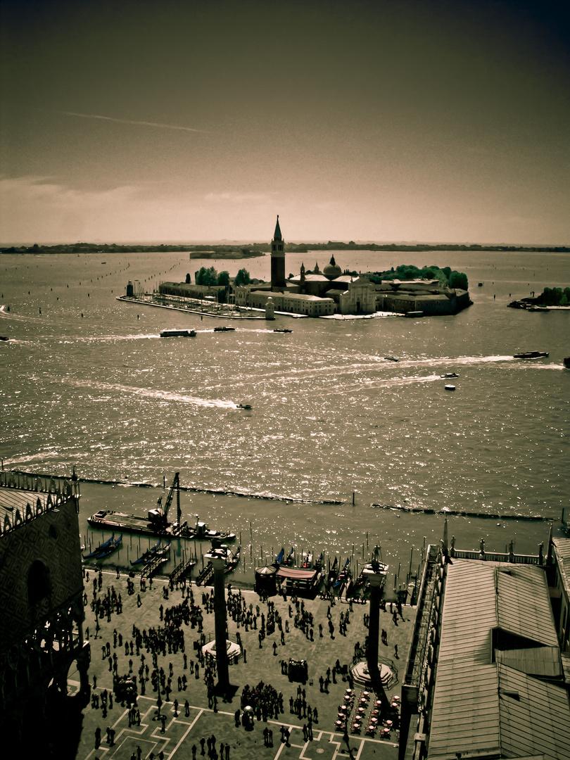 Wie spät ist es in Venedig?