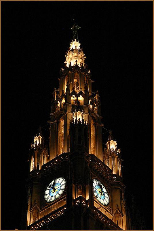 Wien bei Nacht -> Rathaus