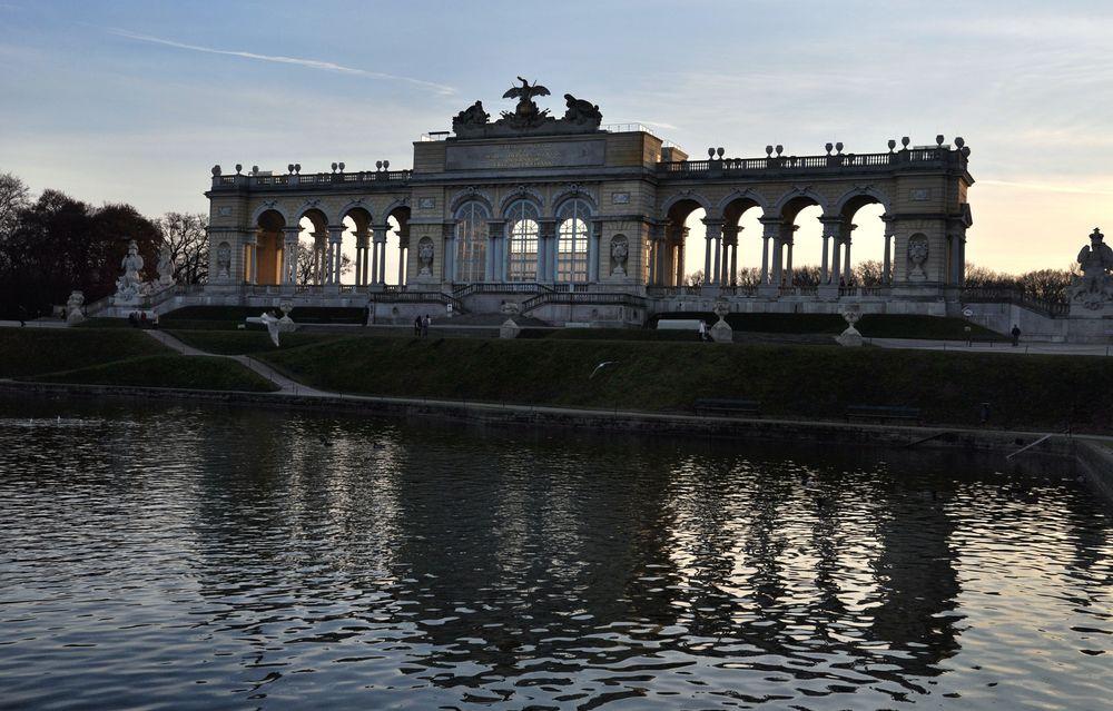 Wien - Gloriette ..