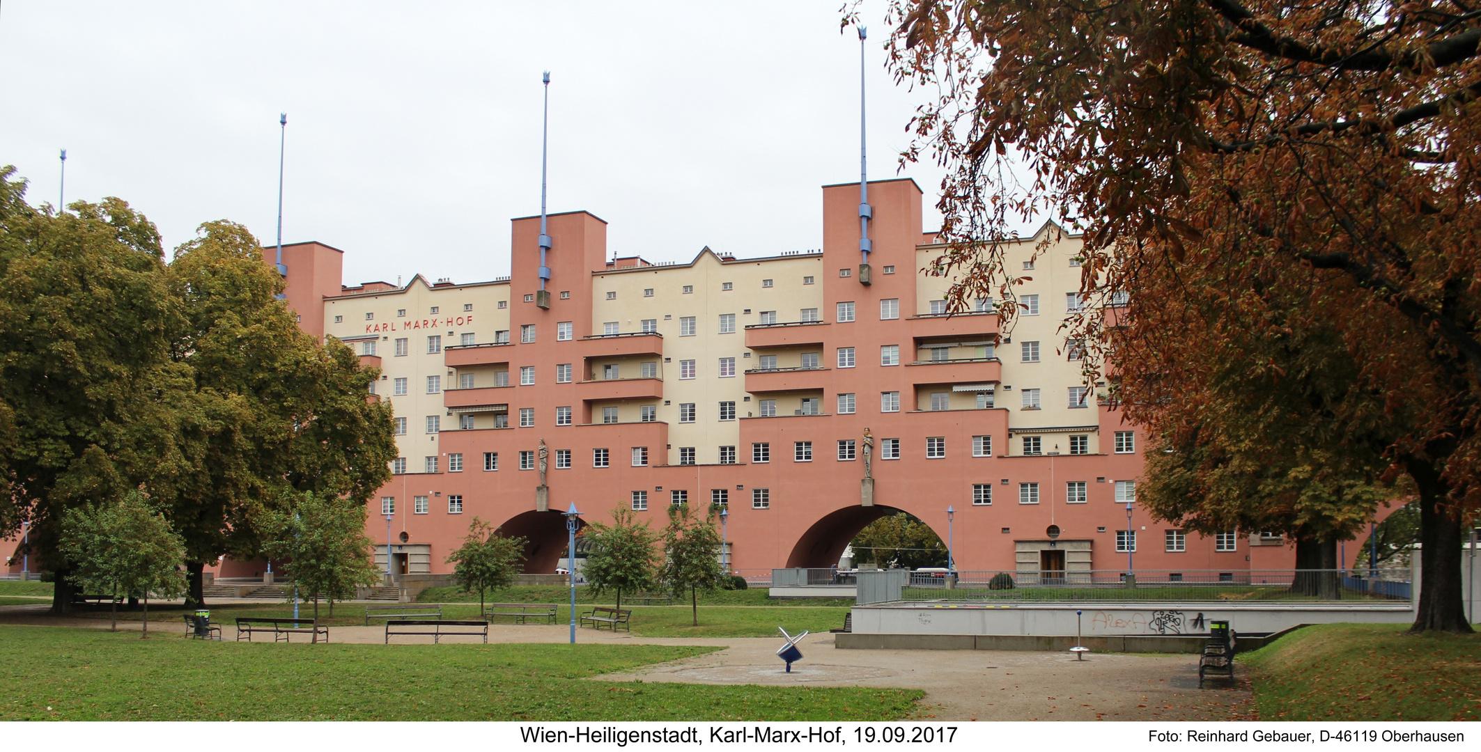 Wien-Heiligenstadt, Karl-Marx-Hof, 19.09.2017