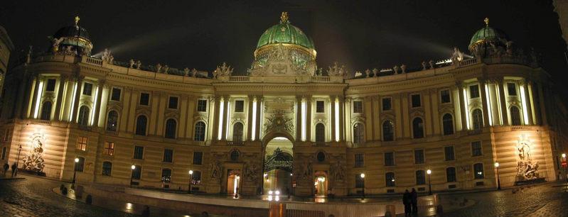 Wiener Hofburg, Michaelertor