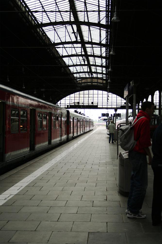 Wiesbaden, Gleis 3