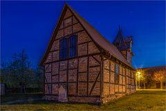 Wieserodes Kirche in der Nacht