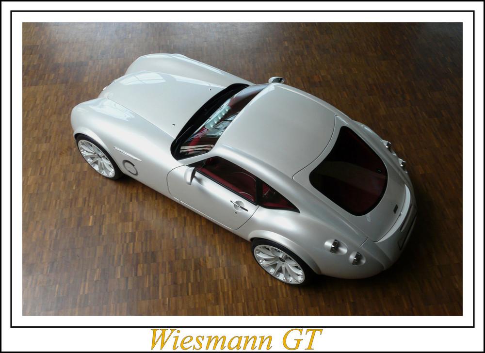 Wiesmann GT auf Parkett