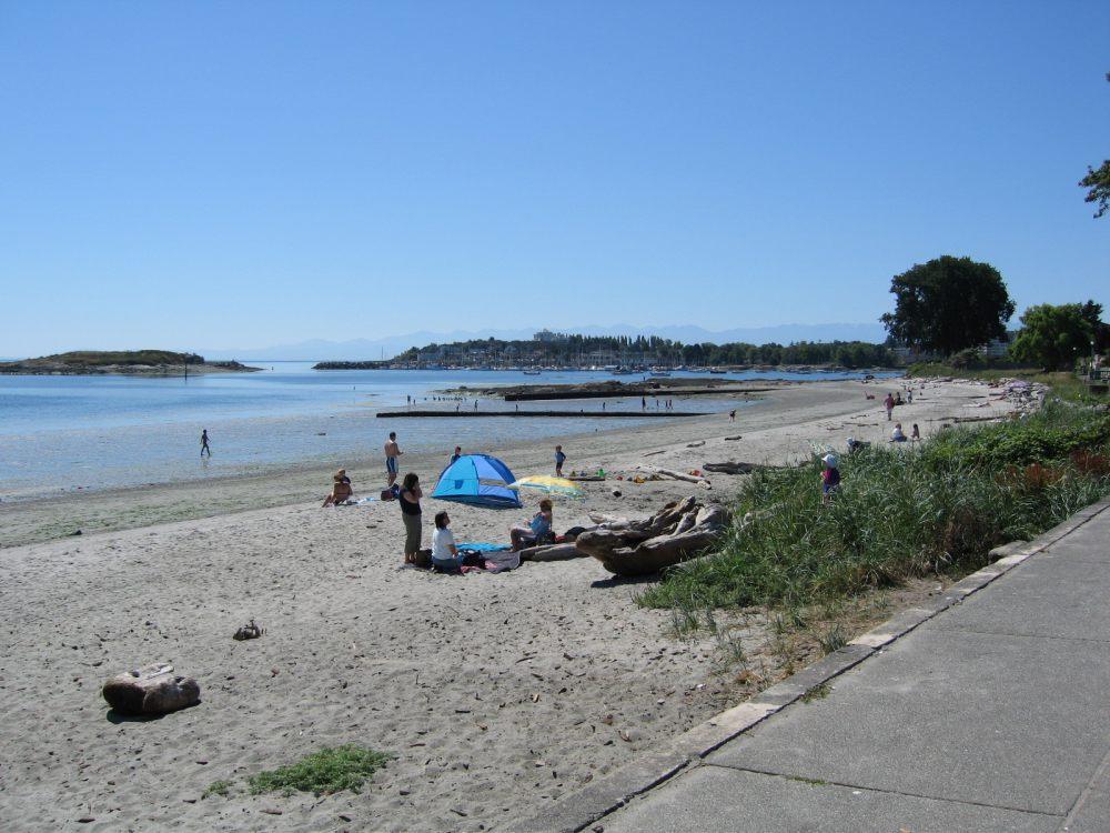 Wiilows Beach Victoria,BC