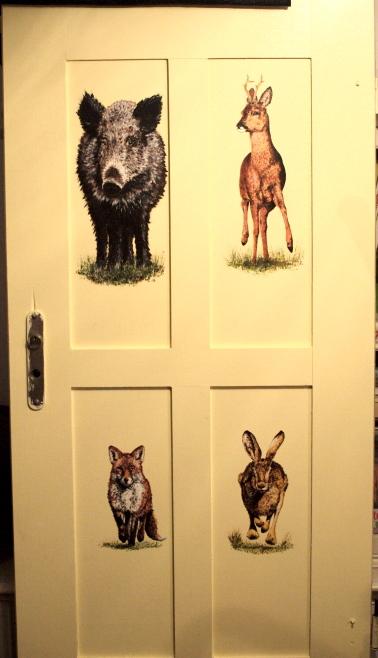 Wildtier-Türe