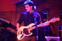 Will MacGregor - bassguitar