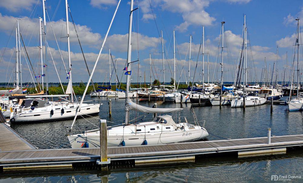 Willemstad Yachthafen, Niederlande