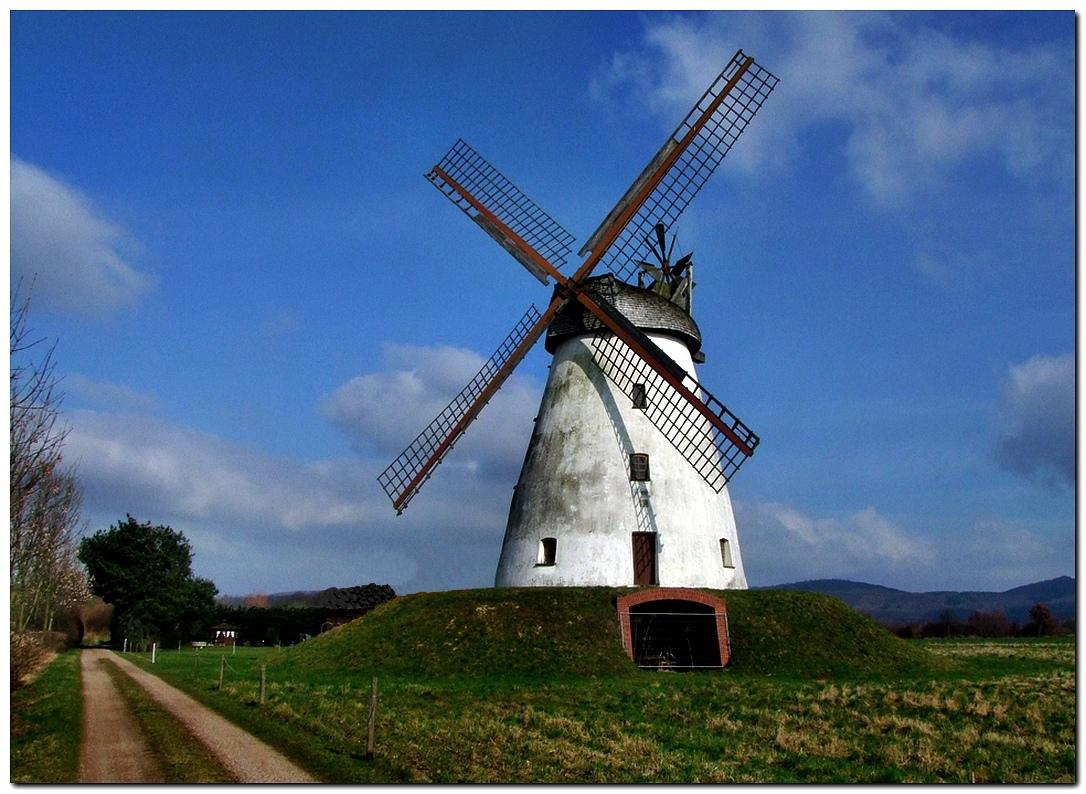 Windmühle in Porta Westfalica-Veltheim