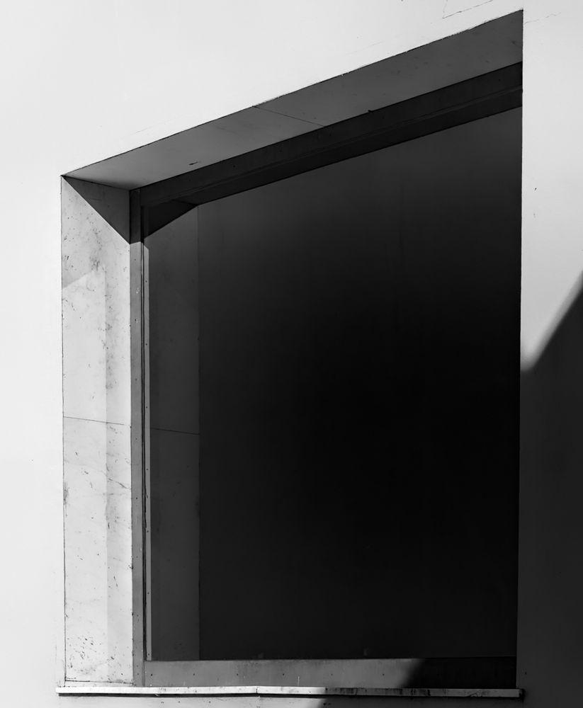 window.obscure