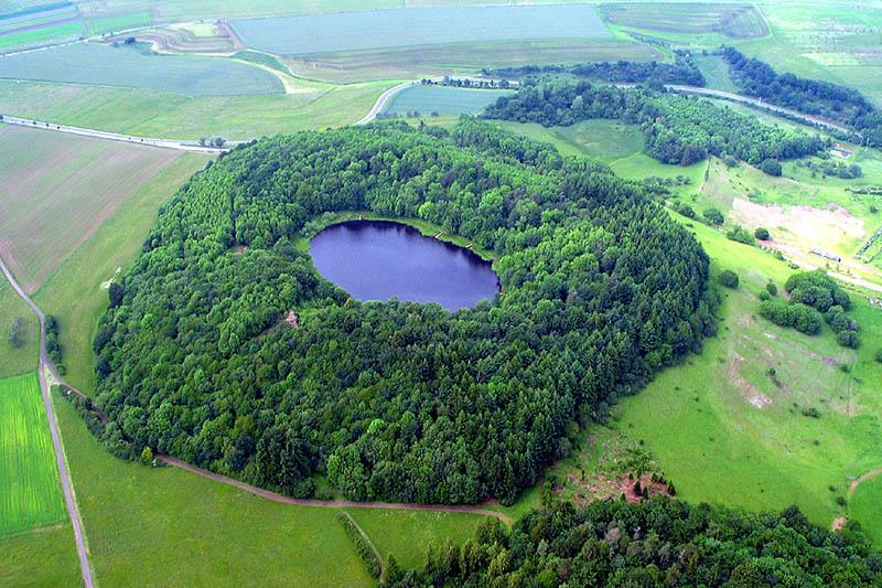 Windsborn-Kratersee bei Bettenfeld, Vulkaneifel, Deutschland