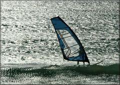 Windsurf in controluce!