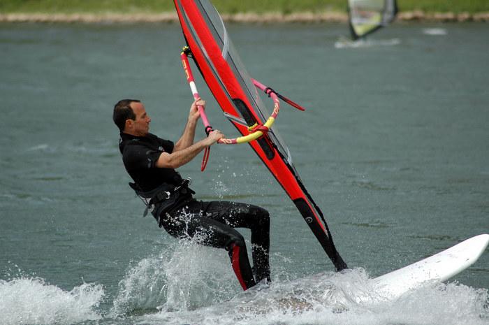 Windsurfen auf dem Rhein