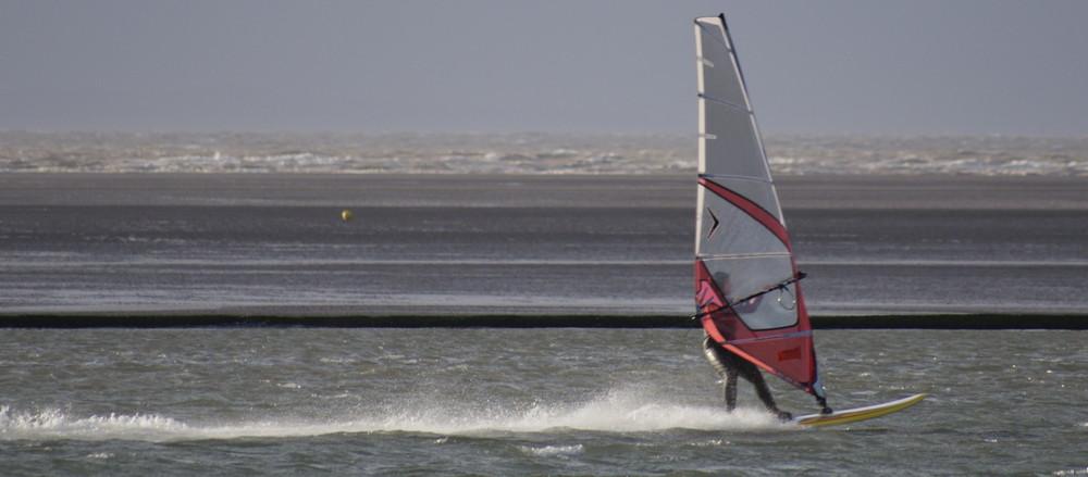 Windsurfer in Kirby