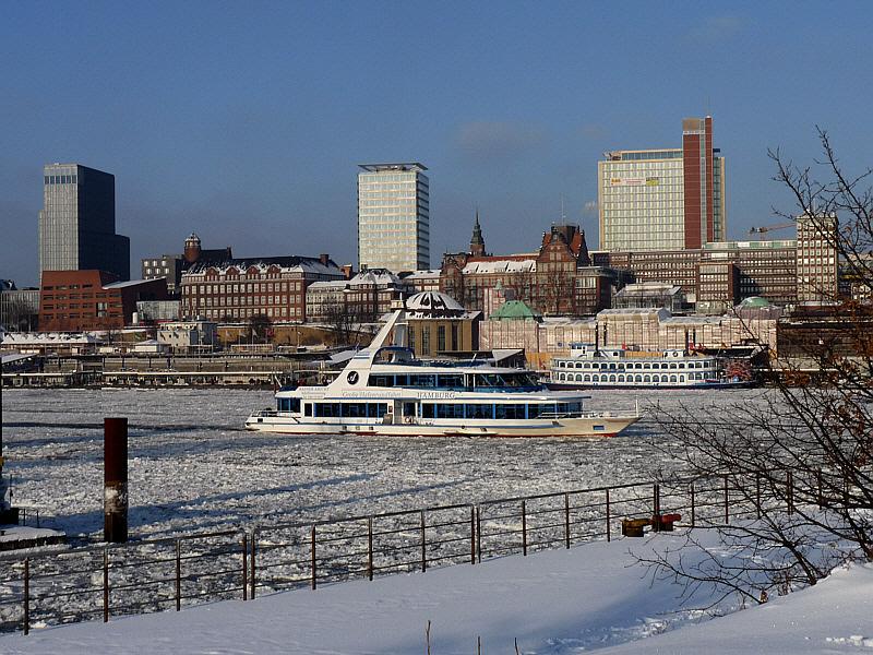 Winter an den Landungsbrücken