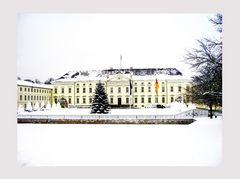 Winteransicht Schloss Bellevue