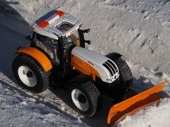 Winterdienst mit Steyr 1