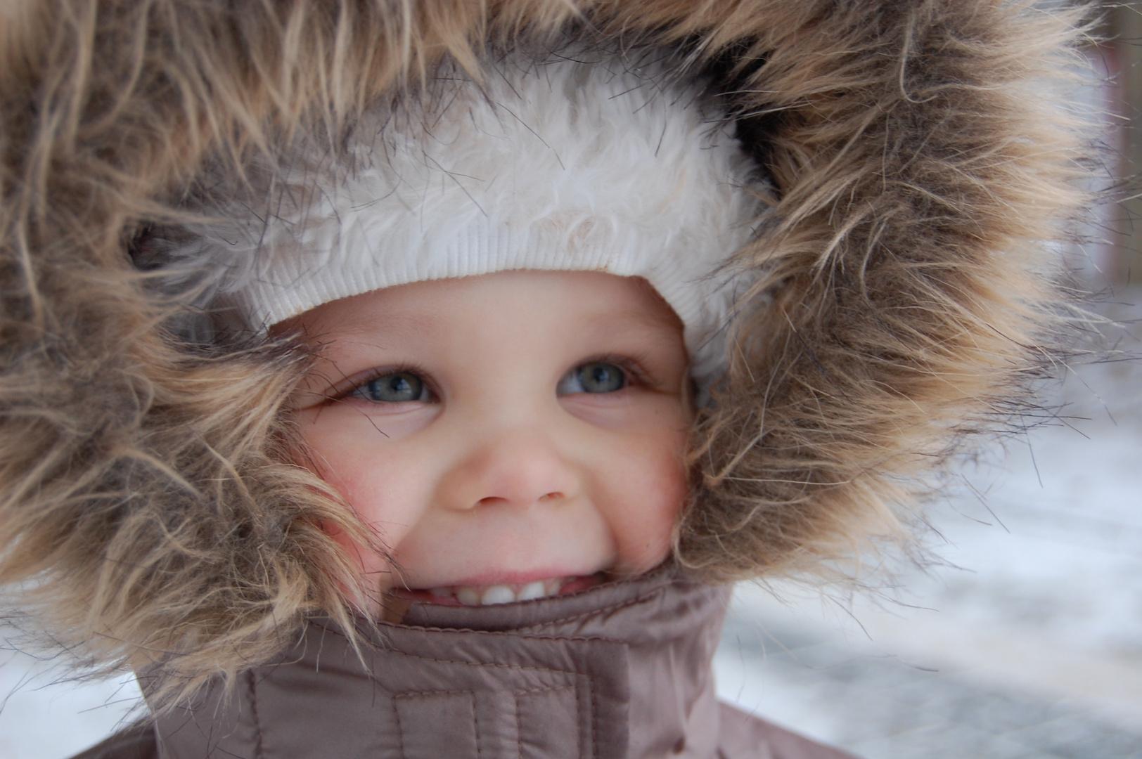 Winterfreude in Kinderaugen