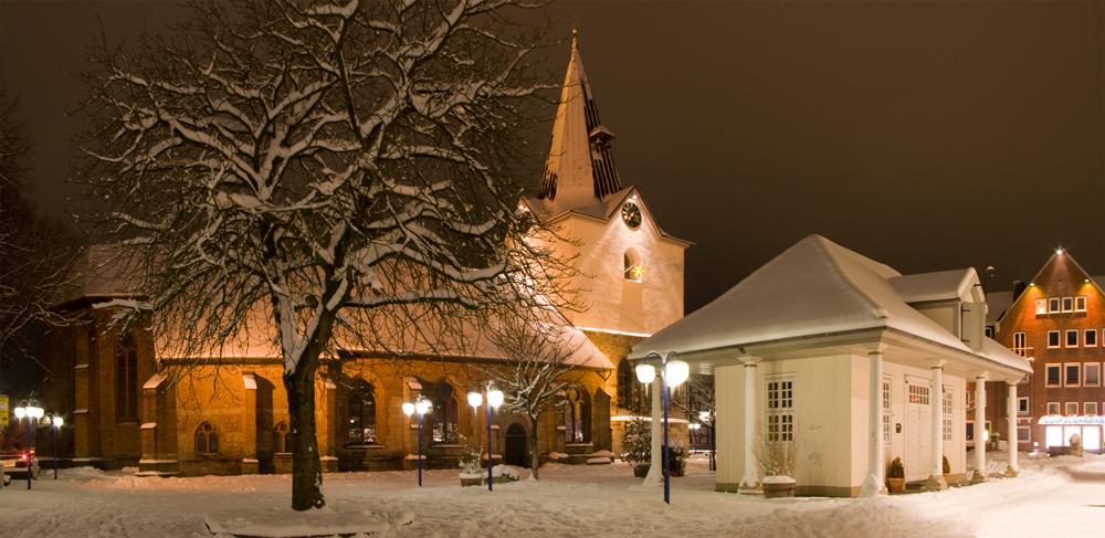 Winterimpressionen - Kirche und alte Wache