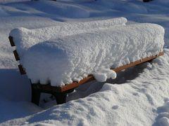 winterliche Bank
