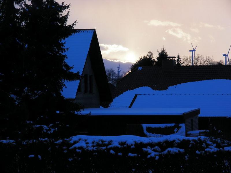 Winterliche blaue Stunde